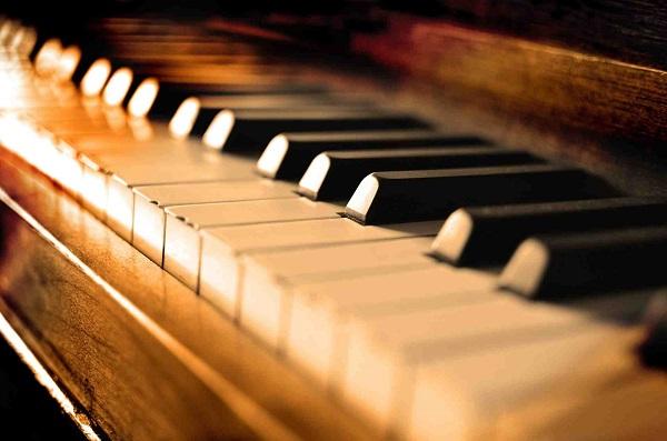 مدرسه پیانو منتشر شد